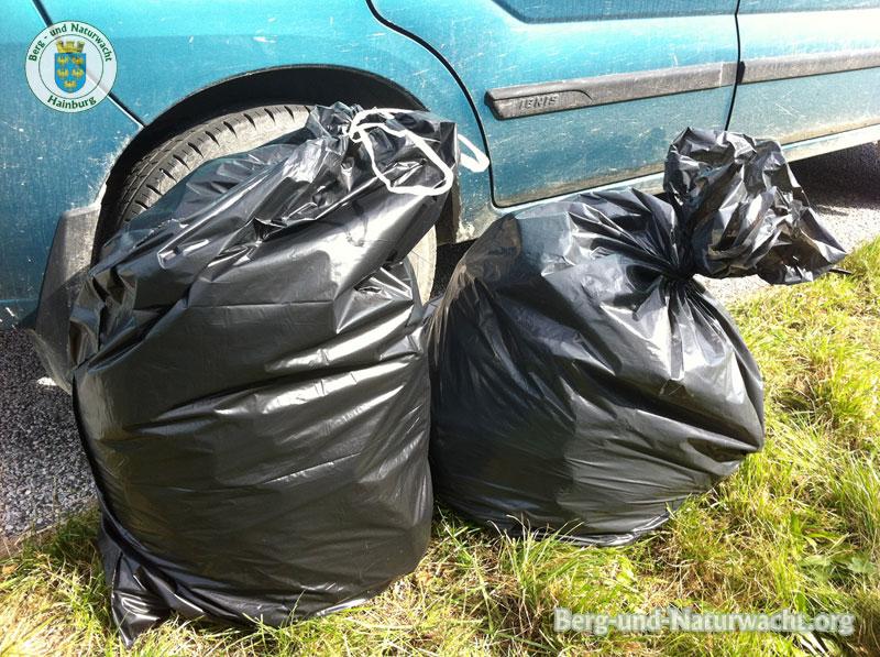 Das Sammelgut vom 22.9. - 10kg Abfall aus dem Naturschutzgebiet | Foto: Berg-und-Naturwacht.org