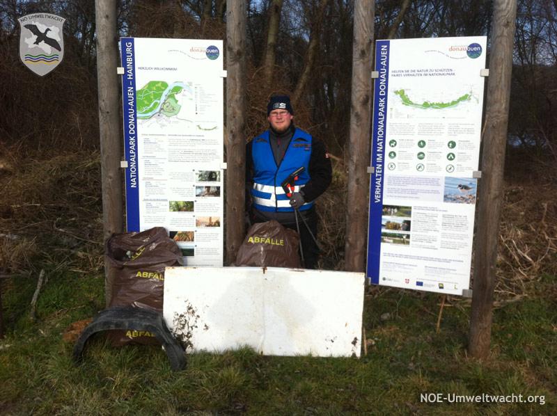 Säuberungsaktion der NÖ Umweltwacht im Nationalpark Donau-Auen in Hainburg | Foto: NOE-Umweltwacht.org
